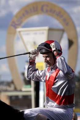 glen boss after winning the 2008 group i doncaster handicap  1600m  at